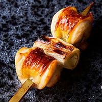 こだわりの料理を更に引き立てるオリジナルの薬味で味の変化をお楽しみください