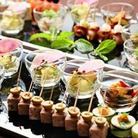 北海道の土地が育てた旬食材を中心に、バラエティ豊富なメニューをブッフェ形式で