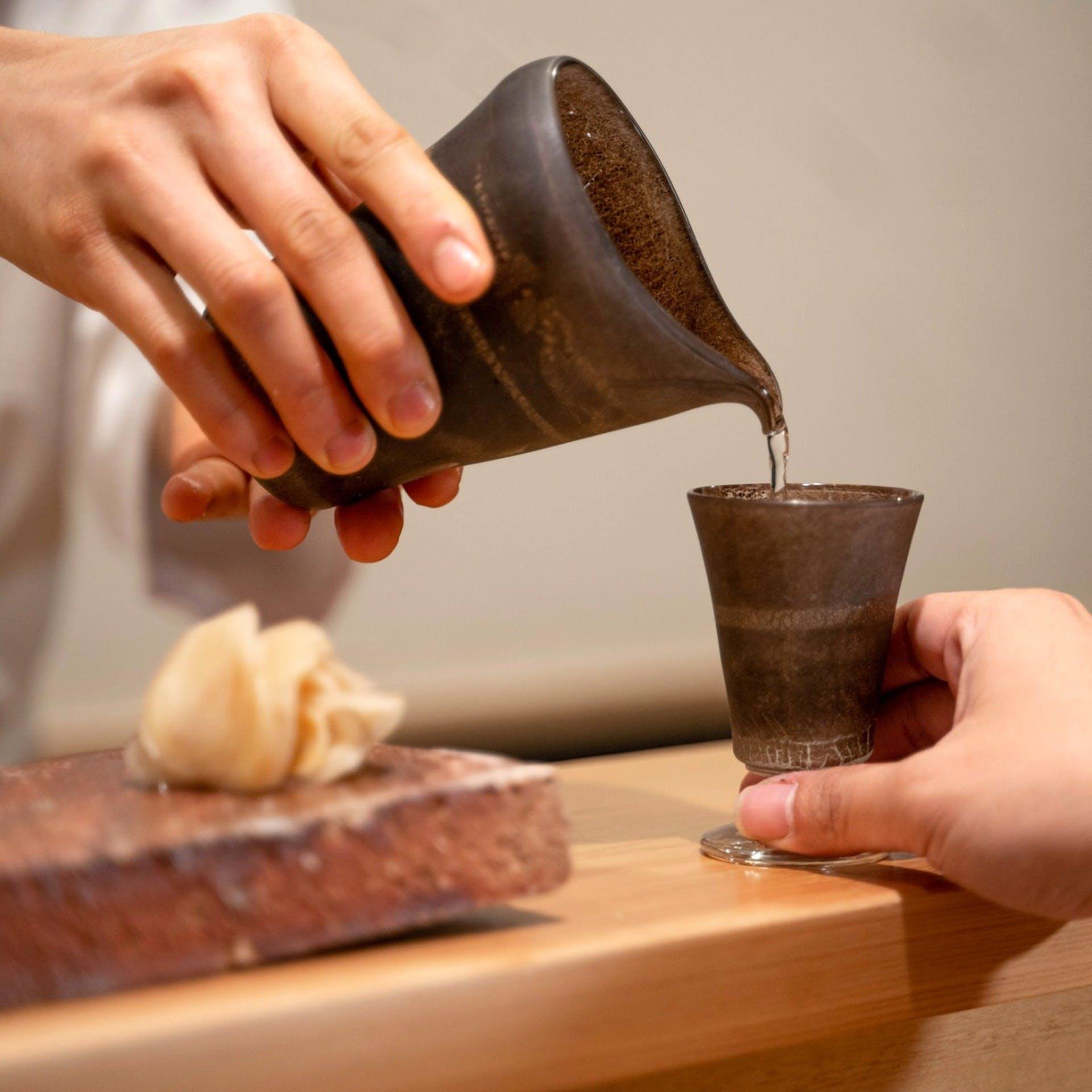 鮨と相性抜群の日本酒で極上のひととき
