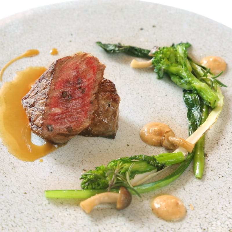 【Pasaia】お魚料理・お肉料理どちらも楽しめる贅沢コース!