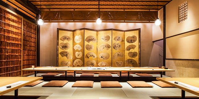 記念日におすすめのレストラン・辻が花 上野店の写真2
