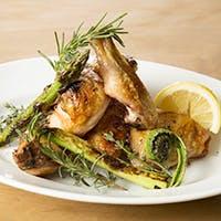 有機野菜をふんだんに取り入れた料理の数々
