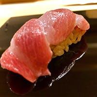 天然・旬の素材・身体に優しい赤シャリで握る江戸前鮨