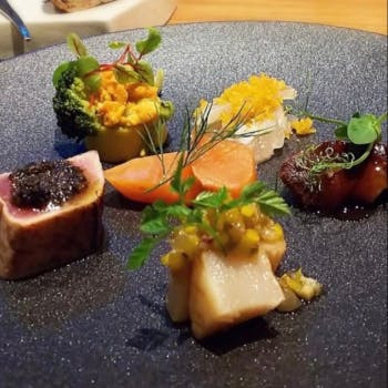 【Menu Saison】2種の前菜、お魚お肉のWメインにデザート等~全7品~