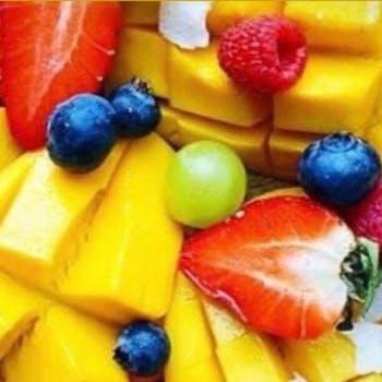 【夏のアシエットデセールのフルコース】夏のフルーツを使った全7品