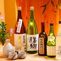絶品お料理と共に山の地酒など名酒を堪能