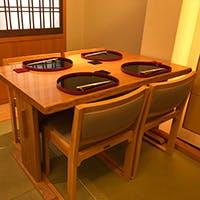 京都の蒔絵師に特注したここでしか出会えない京漆器