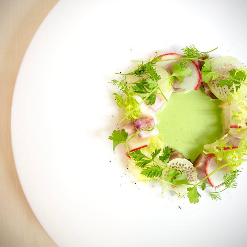 【シェフおまかせスペシャルコース】季節の食材を使ったフルコース7品+選べる1ドリンク