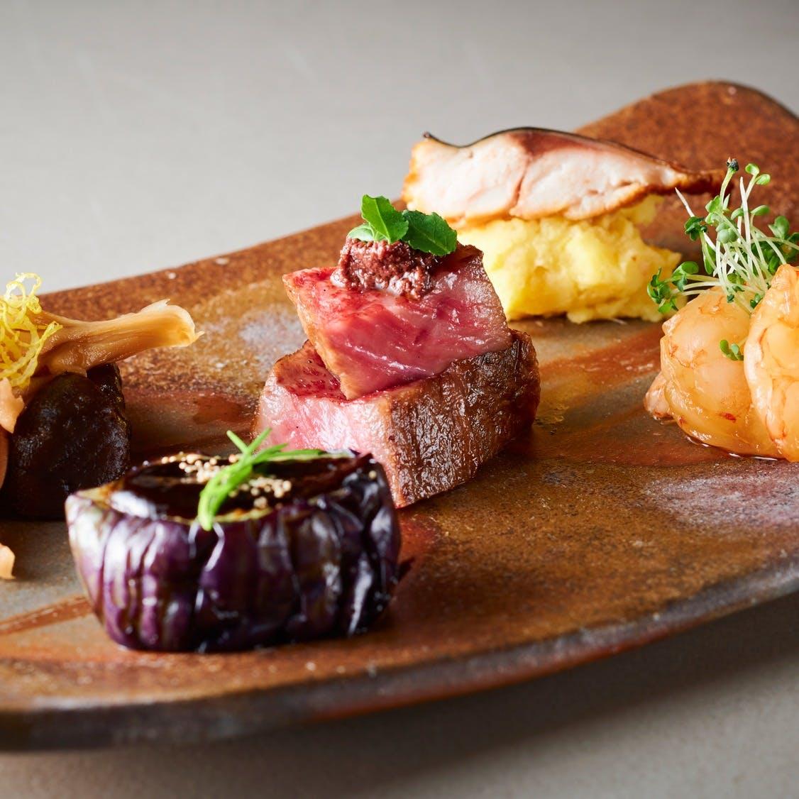 四季の素材を使用した日本を感じるお料理