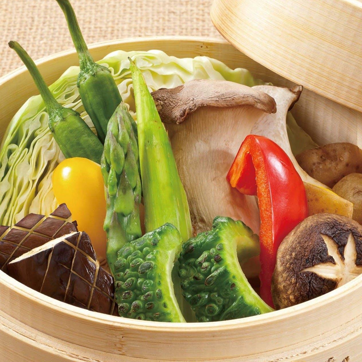 ふんだんに使用する旬の野菜