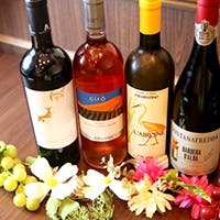 イタリアの土着品種ワインやカクテル60種類以上ご用意