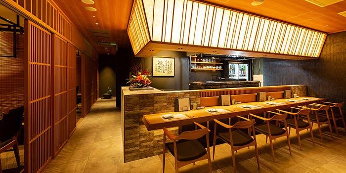 記念日におすすめのレストラン・やきとり会席 炭寅はなれの写真1