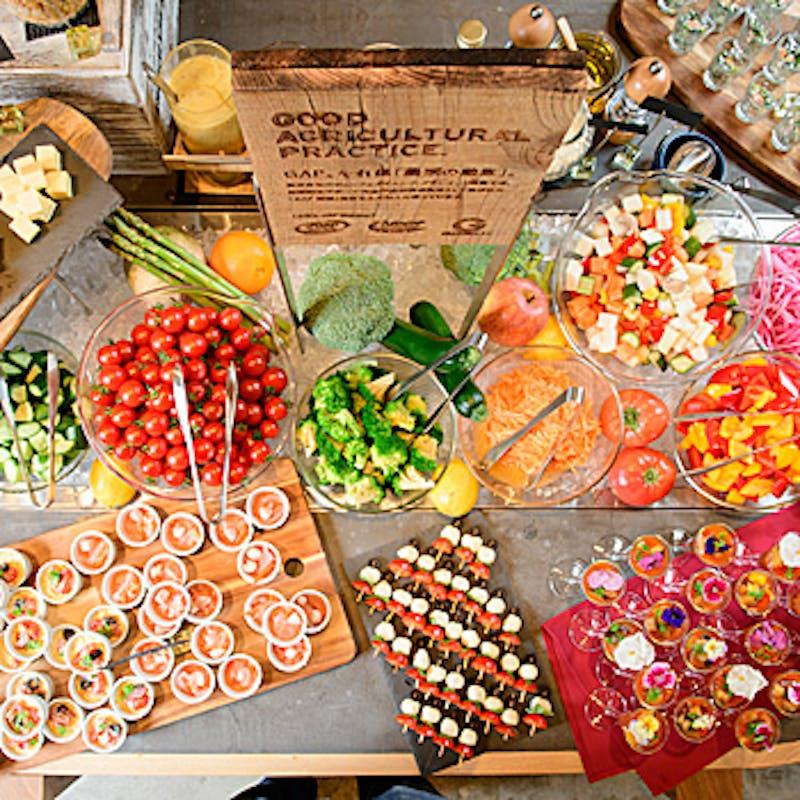 【休日ランチブッフェ】焼き立てピザ、野菜、天ぷら、デザート50種(50分制)