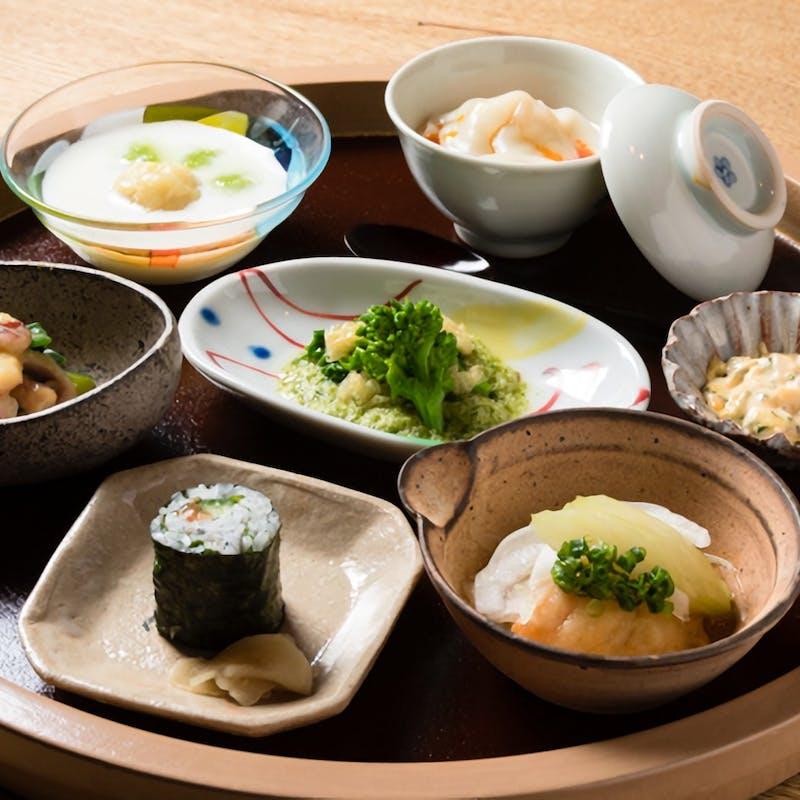 【お得な天然鯛の土鍋鯛飯コース】お任せ全9品コースの〆に土鍋鯛飯付+選べるデザート(リクエスト予約)