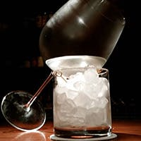 3週間という時間を使って仕上げられる、自家製の「熟成氷!」