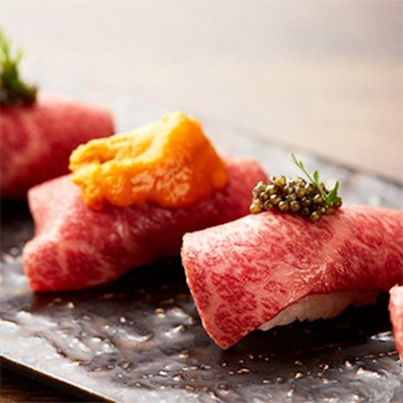 神戸牛 最高ランクA5黒毛和牛の肉寿司食べ比べと本ズワイ蟹