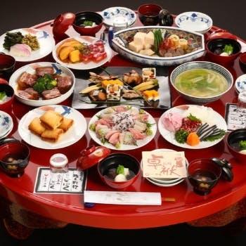 【卓袱ビードロコース】長崎に息づく伝統宴会料理をご堪能!旬の湯引きも愉しめる豪華料理の数々