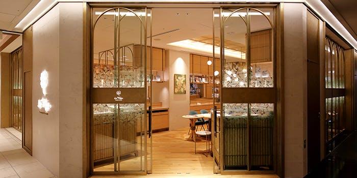 記念日におすすめのレストラン・レ・トレフル ドミニク・ブシェの写真1