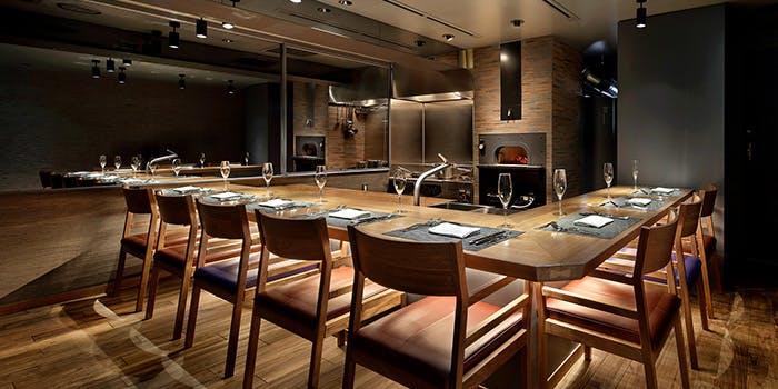 記念日におすすめのレストラン・FURNUS GINZAの写真1