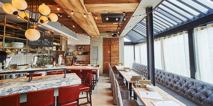 記念日におすすめのレストラン・ザ・ルーフトップ・ブッチャー シカゴピザ & ビア 吉祥寺店の写真1
