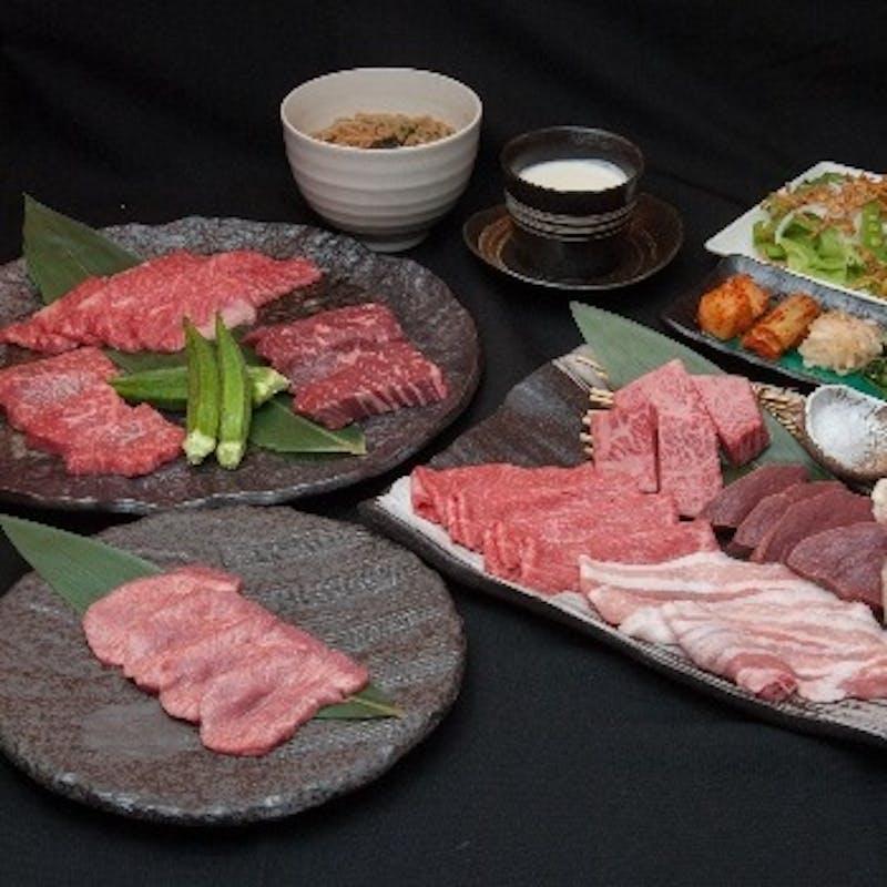 【にくTATSU銀座ランチ特別コース】極上タン塩、赤身のステーキ全15品+ソフトドリンク60分飲み放題