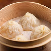 点心師が腕を振るう中国料理
