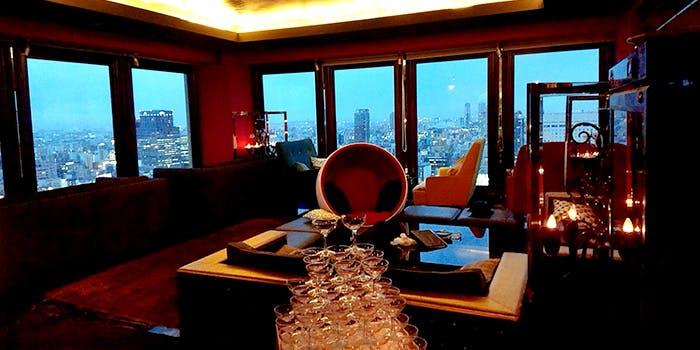 記憶に残る誕生日を!大阪で夜景が見える高級ディナーレストラン6選の画像