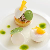 五感をくすぐるイマジネーション豊かなフランス料理