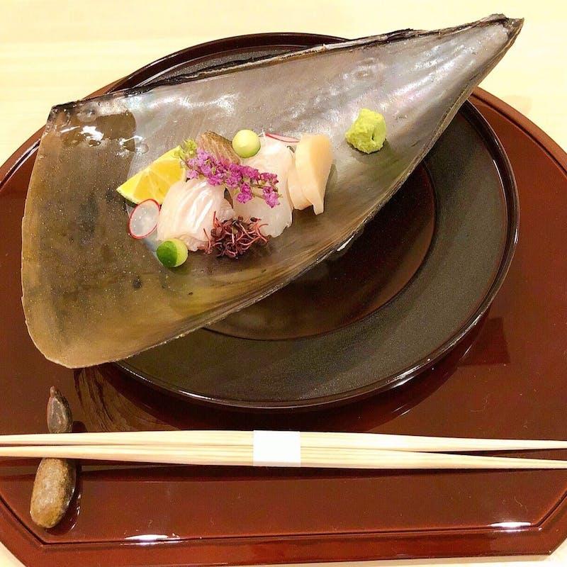 【六花コース】料理長自ら仕入れた厳選食材を絶品割烹料理で(カウンター/個室4名~選択可)