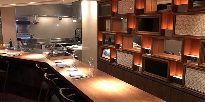 記念日におすすめのレストラン・Cuisine Francaise IGREKの写真1