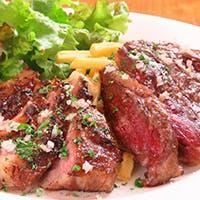 旬の地元野菜と本格炭火肉料理