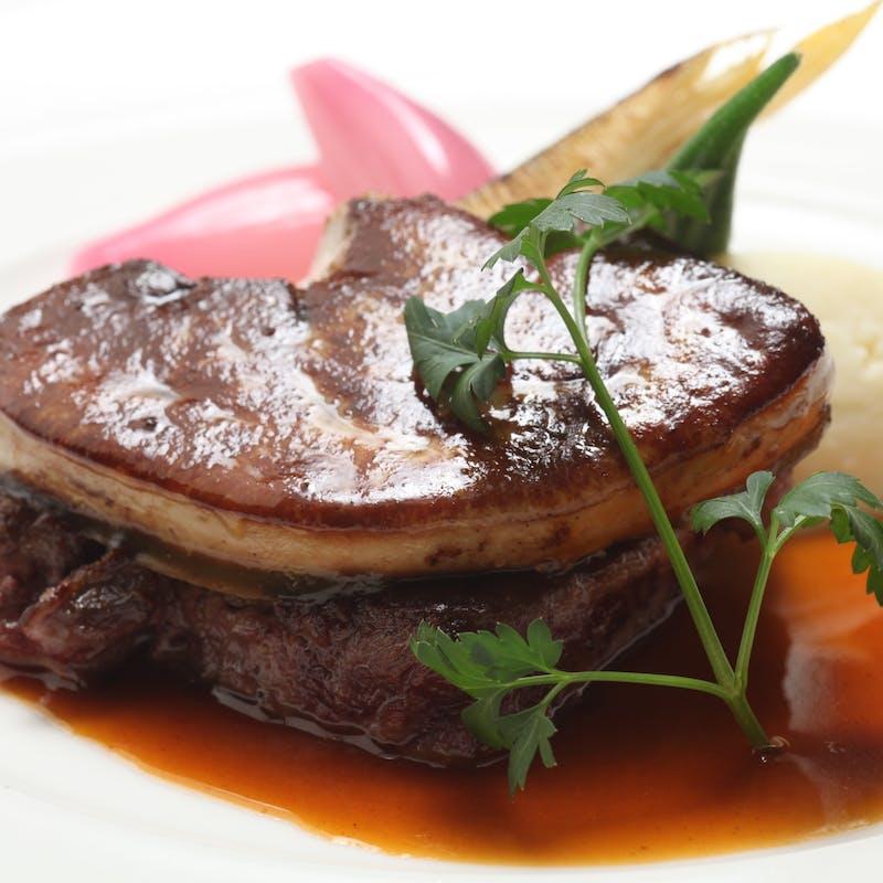 【Speciale】前菜、パスタ、お魚・お肉料理など全6品+マリアージュ5杯(半個室確約)