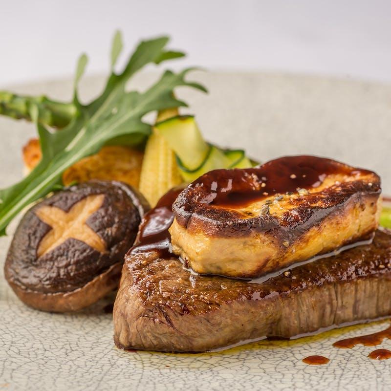 【特別コースランチ】前菜盛合せ、シェフおまかせパスタ、お魚・お肉料理など全5品