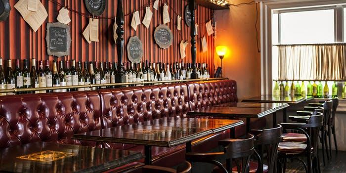記念日におすすめのレストラン・BRASSERIE CAFE LE CONTEの写真1
