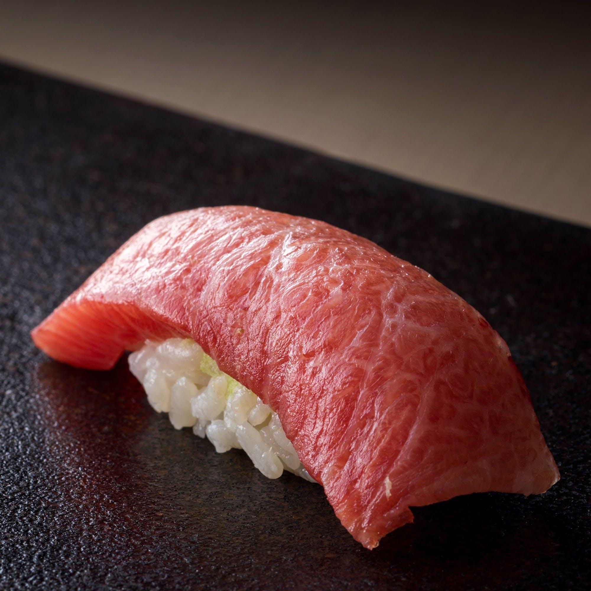 食通の舌を唸らす博多寿司