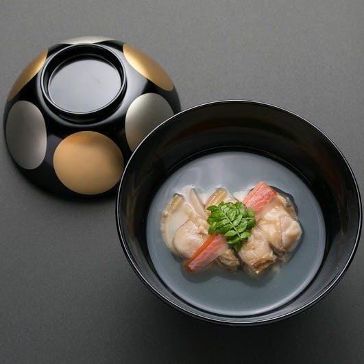 心浮き立つ季節の和食をご堪能ください