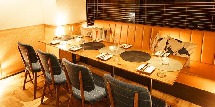 記念日におすすめのレストラン・Cafe Lounge COLONの写真2