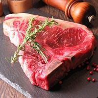 ジューシーで旨味たっぷりなステーキをお好きな量でご堪能
