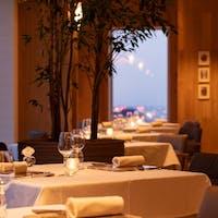 タワーズレストラン「クーカーニョ」/セルリアンタワー東急ホテル