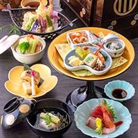 仙台箪笥に季節の本格会席料理を