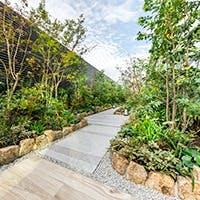 庭園に面した開放感溢れる空間