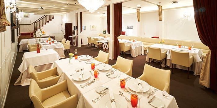 記念日におすすめのレストラン・エタンセールカワモトの写真1