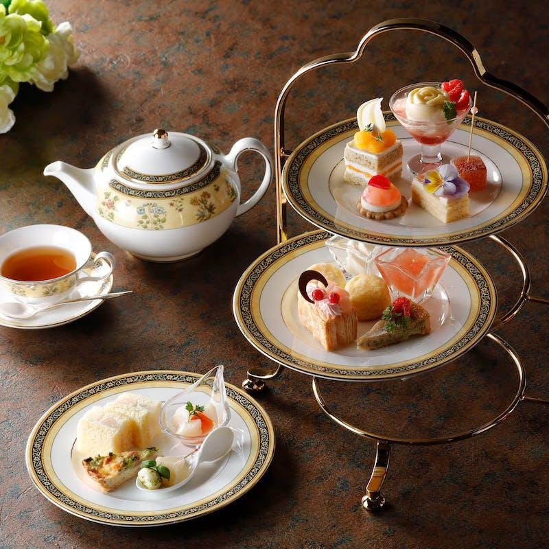 【6/10~7/31】AFTERNOON TEA SET(月~木はレストラン「洛空」金~日は「メイフェア」にてご案内)