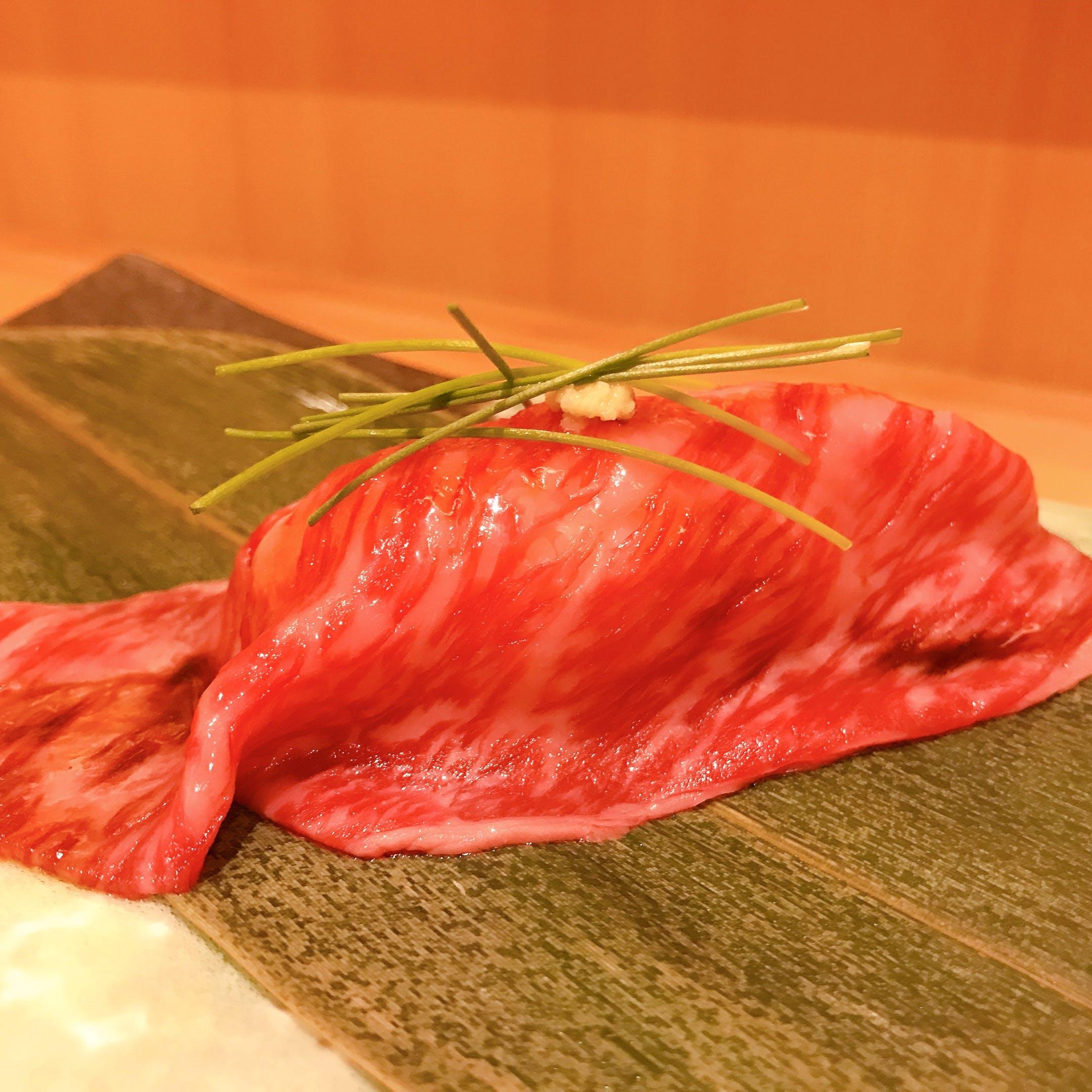 当店おすすめの逸品 ザブトンの握り寿司