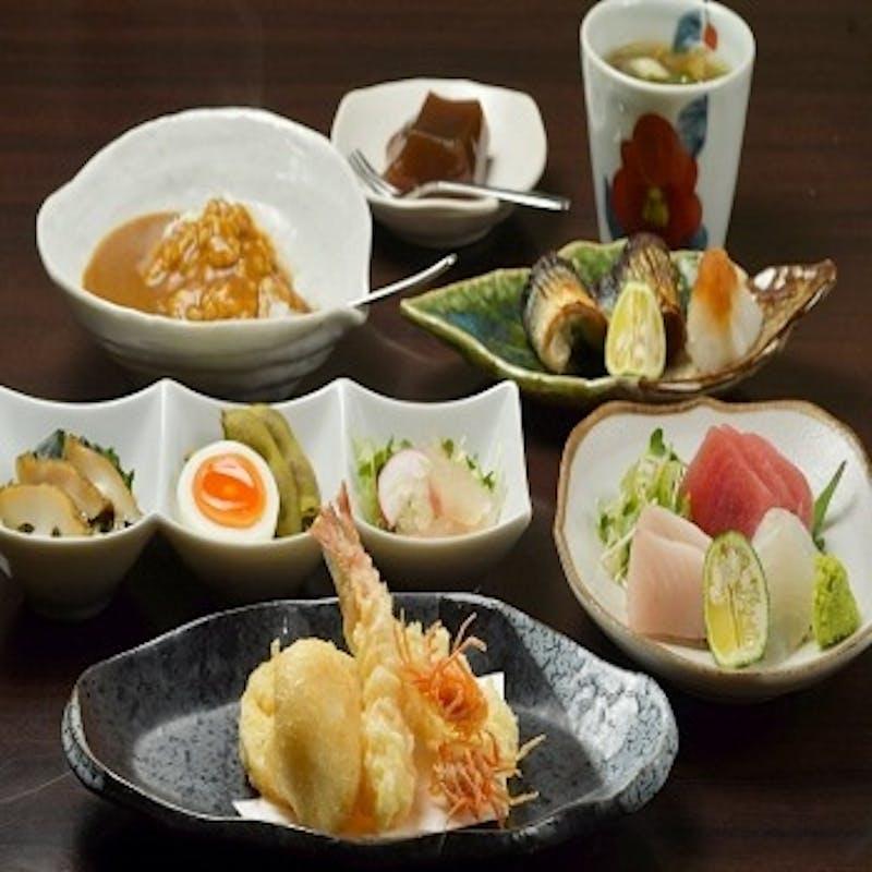 【おまかせコース】前菜、お造り、焼き物、天ぷらなど全8品