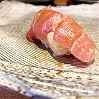お客様に合わせて変わるお寿司の物語