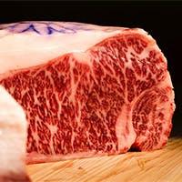 世界に誇る日本の和牛。雪月花は和牛料理を追求して参ります。