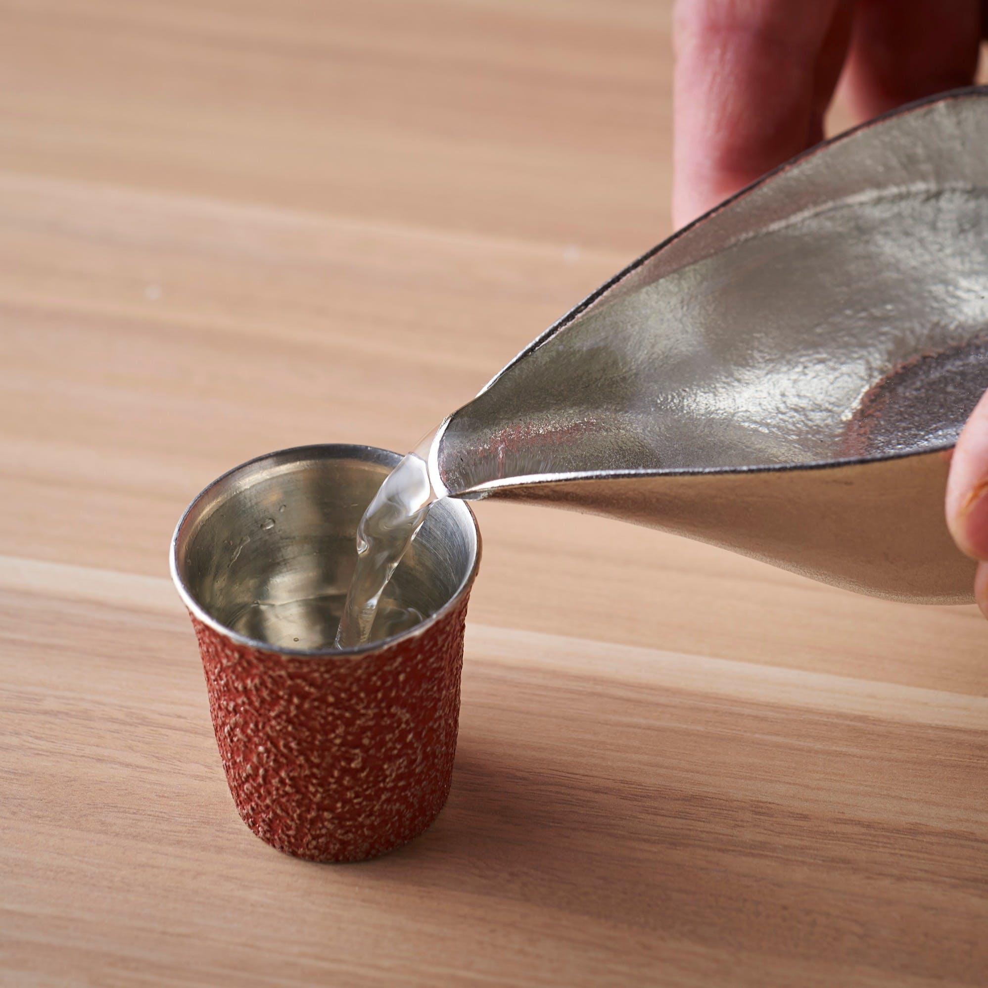 こだわりの日本酒を錫製の酒器で愉しむ