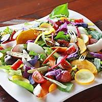 色鮮やかな旬野菜の恵みをお届け