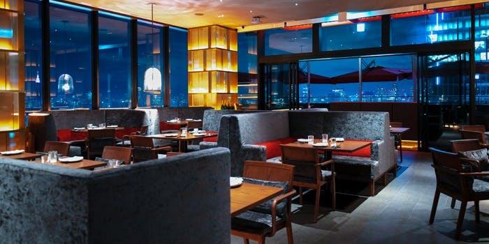 記念日におすすめのレストラン・CE LA VI TOKYOの写真1